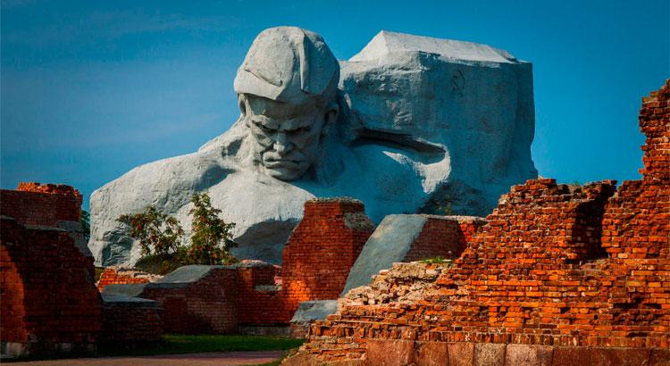Circuit à Brest et visite de sa forteresse depuis Minsk