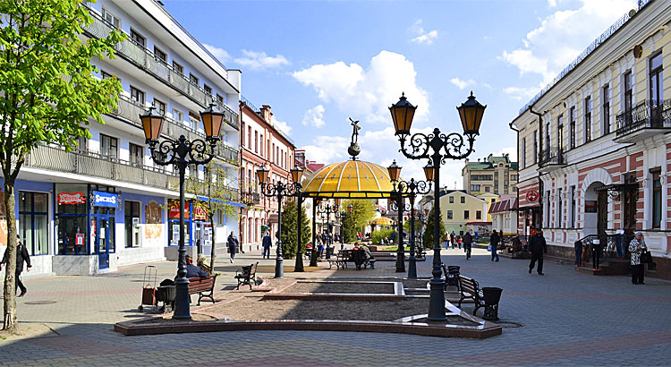 Rue piétonne Sovetskaya à Brest