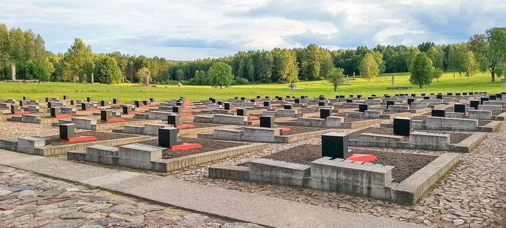 Кладбище деревень в Хатыне