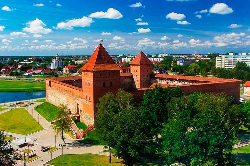 Grodno et le château de Lida de Minsk